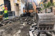 Corte de tráfico en la calle Jovellanos de Almería por obras