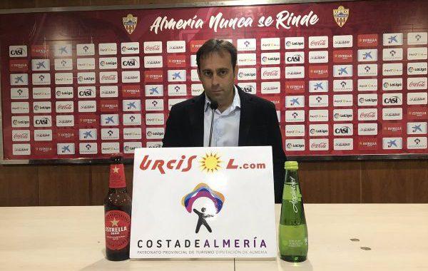 Fran Fernández no sigue como entrenador del Almería