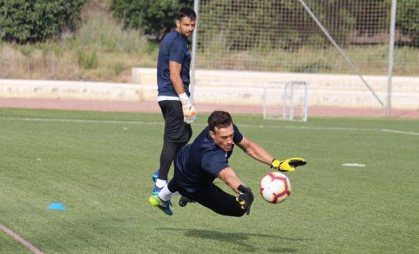 René y Fernando seguirán defendiendo la portería del Almería