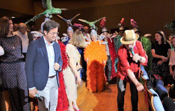 El Ejido otorga a La Cubana la 'butaca de honor' en el Teatro Auditorio