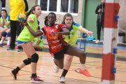 La jugadora roquetera Laura Biepar, convocada por la selección española de balonmano