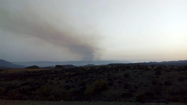 Columna de humo visible desde Tabernas