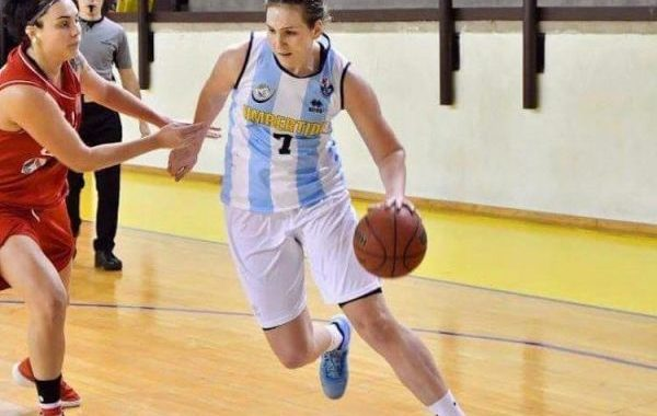 Jovana Mandic refuerza el juego interior del CB Almería