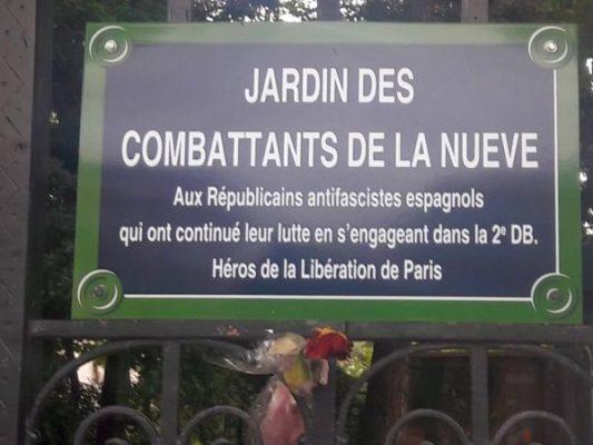 Placa homenaje a La Nueve en el Ayuntamiento de París