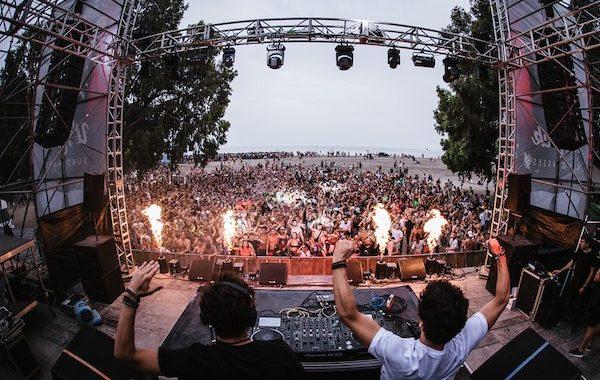 Villaricos recibe a 20.000 'dreamers' en la fiesta de bienvenida del festival de música electrónica