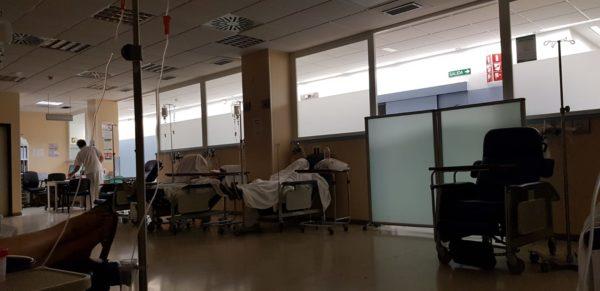 sala de sillones del Hospital de Poniente