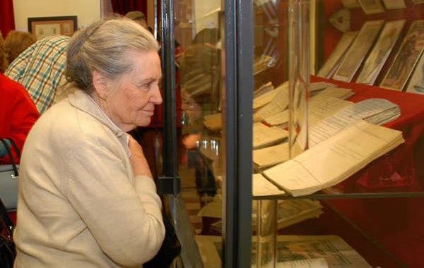 Dolor en Cuevas por el fallecimiento de la nieta del poeta Álvarez de Sotomayor