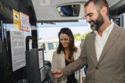 El pago del billete a través del móvil se implanta en diez buses urbanos de Almería