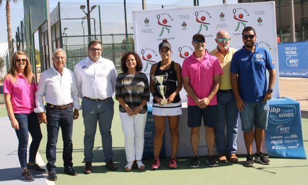 María José Luque vence en el Torneo Villa de Pulpí