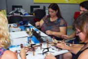 Los centros de Guadalinfo de Cantoria y Sierro prepararán a jóvenes y adultos en el uso y vuelo de drones