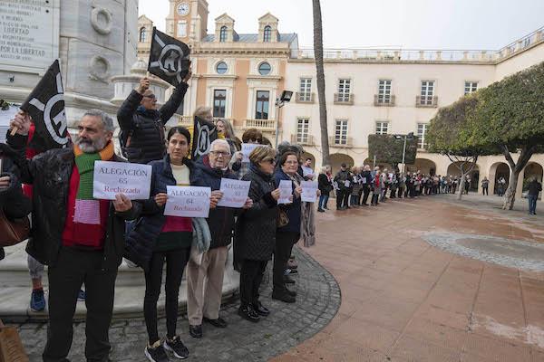 Amigos Alcazaba Protesta Plaza Vieja