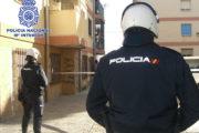 Detienen en un control policial a un hombre reclamado por cinco juzgados de Almería