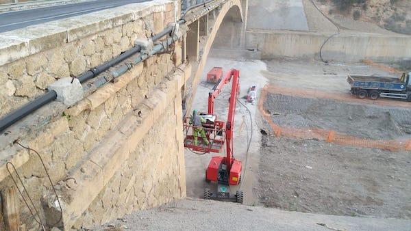 puente de Puente del Río por obras