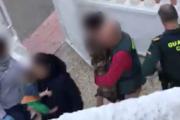 Detienen a una matrimonio en Vera por vender droga en la casa que ocupaba con sus hijos menores