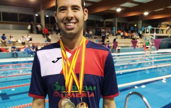 Carlos Tejada logra tres medallas en el Open de natación adaptada de Castilla-La Mancha
