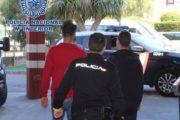 La Policía Nacional detiene a dos jóvenes por haber cometido varios robos con intimidación en Almería