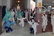 Costureras de El Ejido confeccionan gorros de protección frente al COVID-19