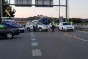 Denuncian a una madre y a su hijo en Huércal de Almería cuando iban a viajar en coche, uno de ellos en el maletero