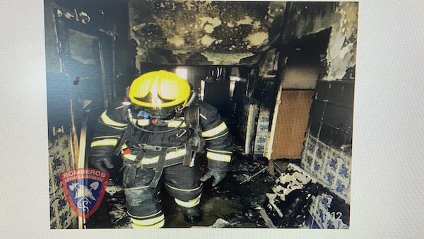 Bomberos de LEvante. incendio vivienda