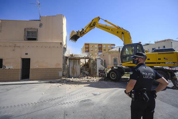 demolicion casas barrio alto
