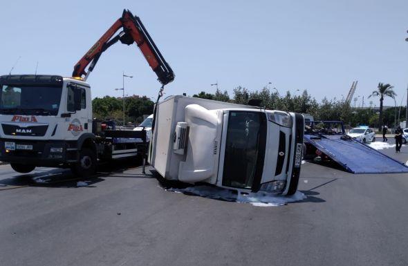 Camion volcado