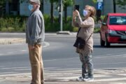 Salud aplica restricciones en las ciudades de Jaén, Sevilla y Córdoba