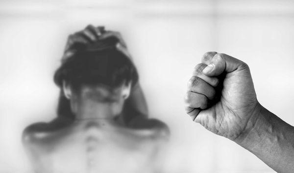 Salud atiende a más de 800 víctimas de violencia machista en los equipos de atención a la mujer y la familia