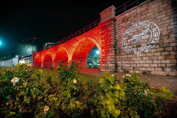 Almería en rojo por la cultura