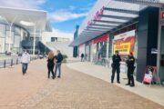 Almería suspende el pago en zona azul, cierra los museos y rebaja el 50% el alquiler de locales municipales