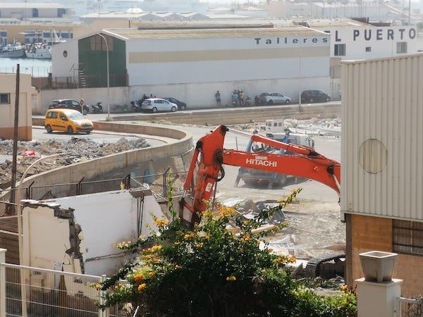 demolición casetas puerto