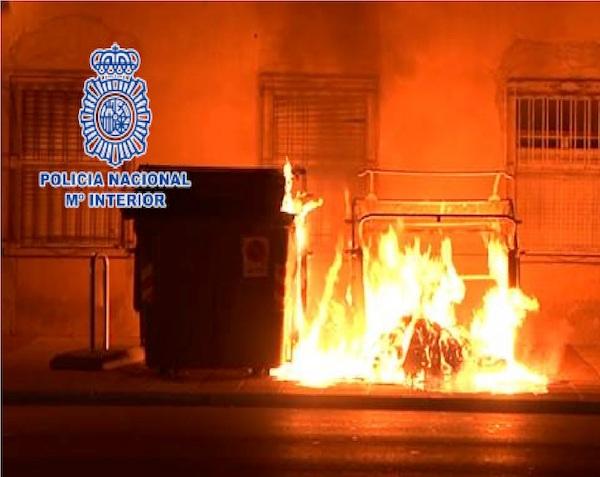 contenedor quemado
